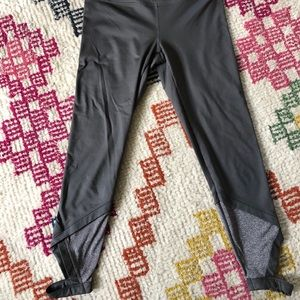 JOY LAB charcoal grey Capri length legging